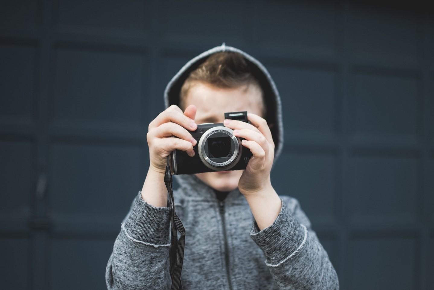 cámara de niña