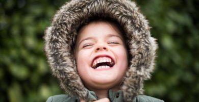 foto de niña sonriendo