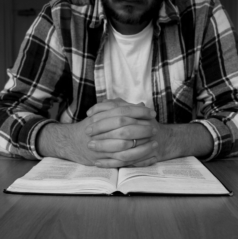 meditando en la palabra de Dios