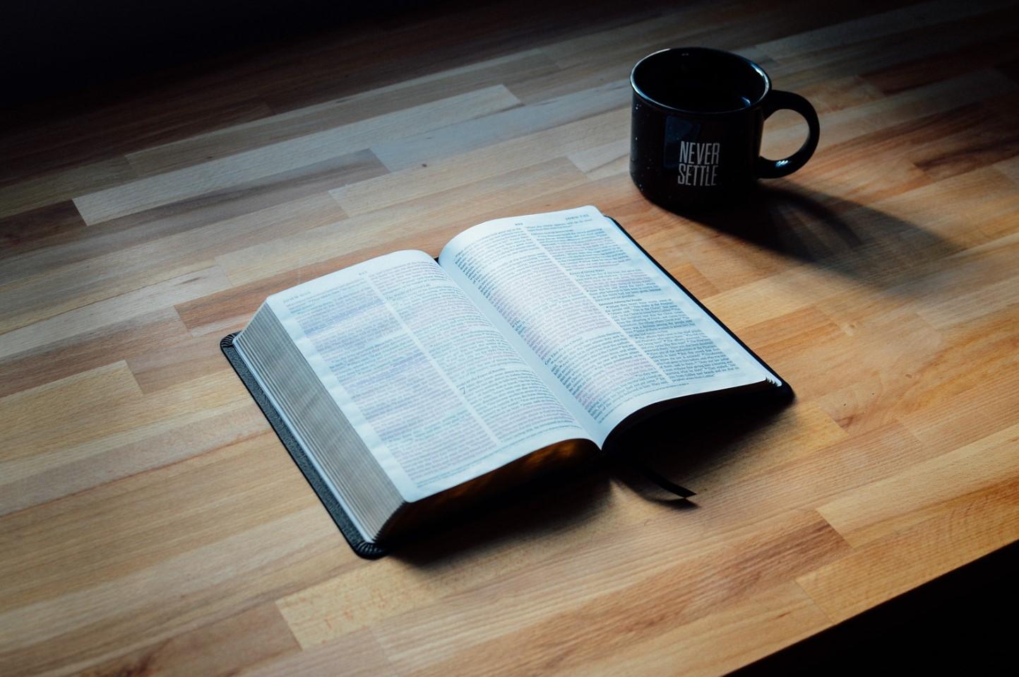 libro cristiano