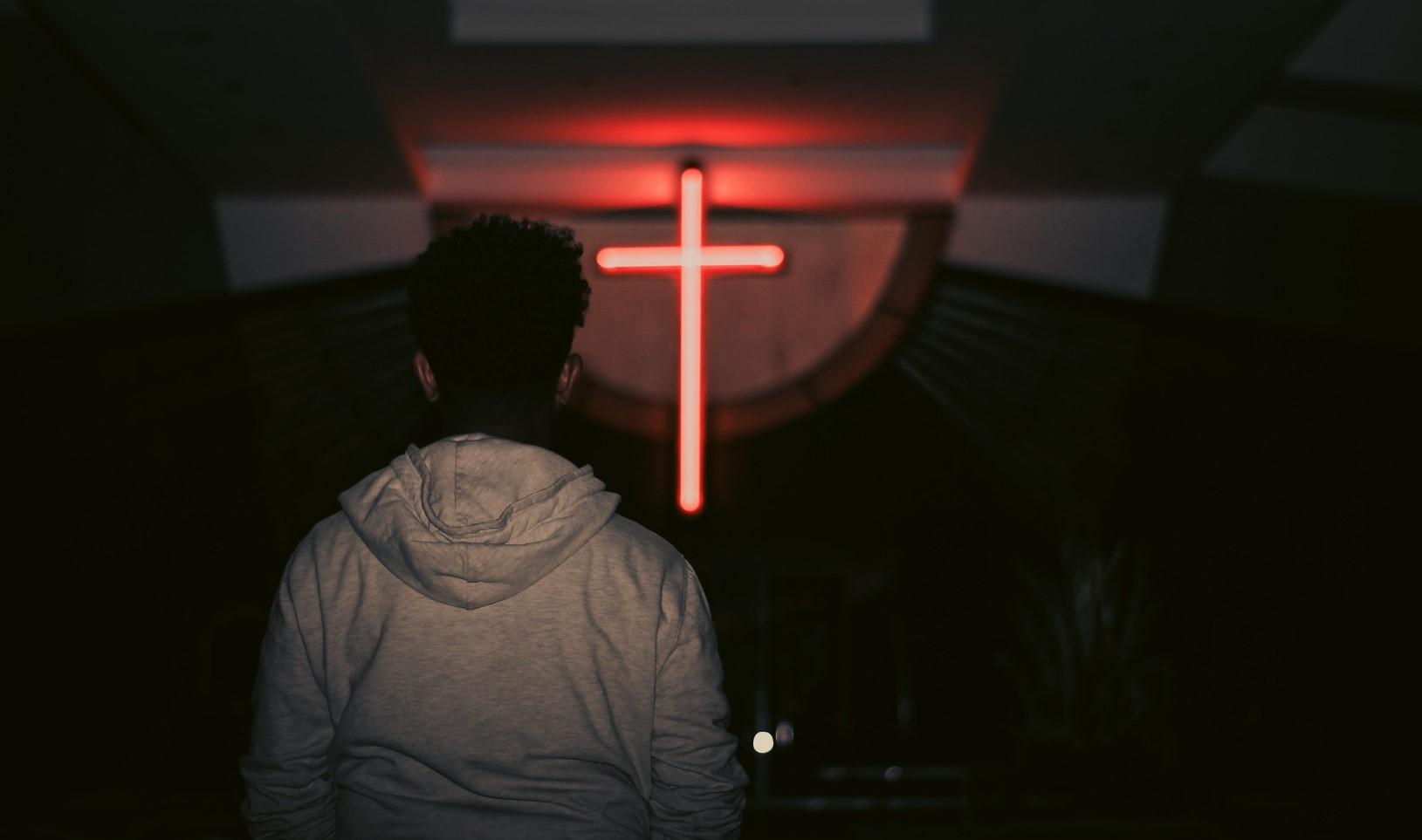 luces con forma de cruz