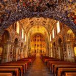Altar con iluminación