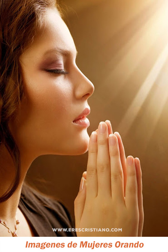 imagenes de mujeres orando