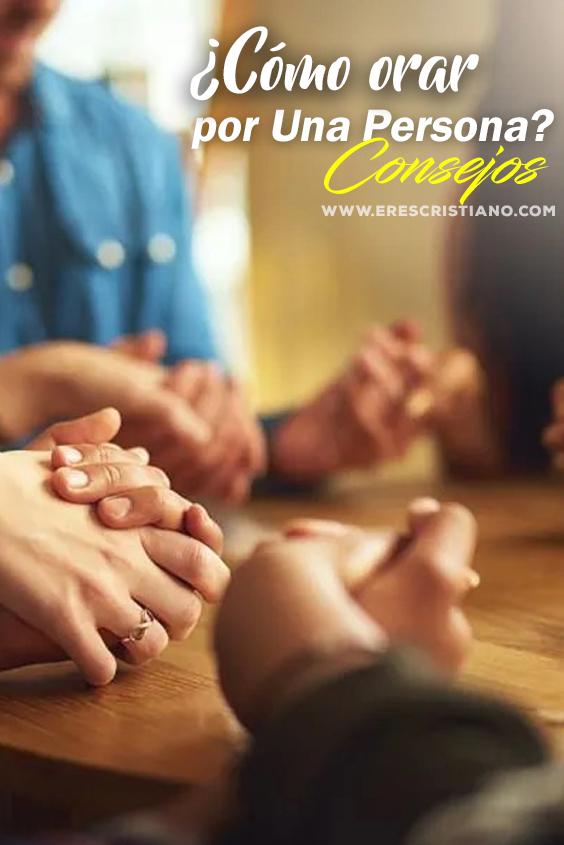 como orar por alguien más